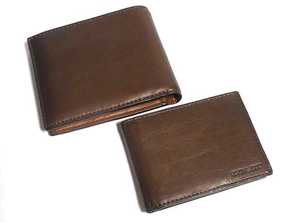 コーチ メンズ二つ折り財布74345とパスケース